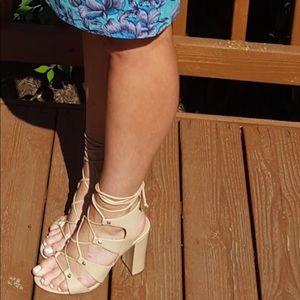 Ivanka Trump sexy steeply sandal! Size 8.5